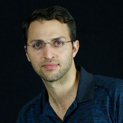 Shai Magzimof