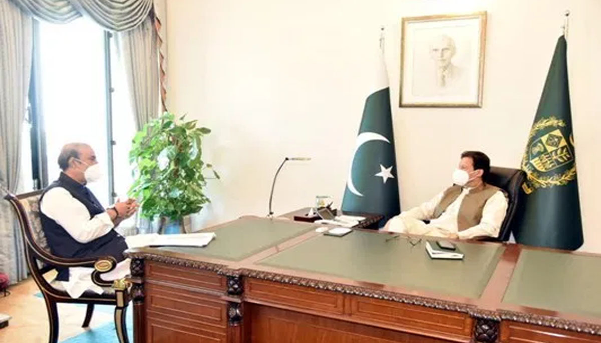 Karachi situation worsened due to political mismanagement: PM Imran Khan