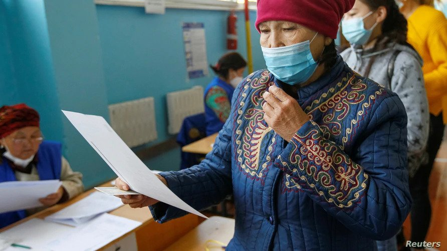 Kyrgyzstanis are Voting in Parliamentary Elections